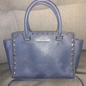 Michael kors needs cleaned up but still in good sh